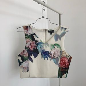 Topshop Cropped graphic top size 6